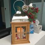 Berry Lantern R15 Designer Christmas