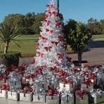 the-vines-designer-christmas-12-reduced